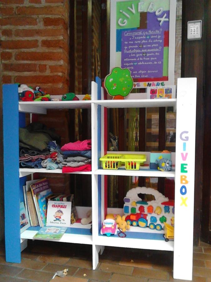 givebox enfants donner jeux jouets troc gratuit ludothèque libres enfants du tarn albi 81