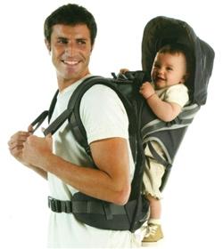 stop horreur porte bébé robocop randonnée non physiologique lourd rigide bébé suspendu