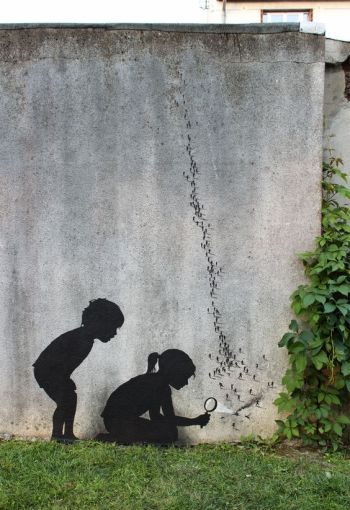 L'enfant dans la ville libres enfants du tarn albi gaillac street art pejac