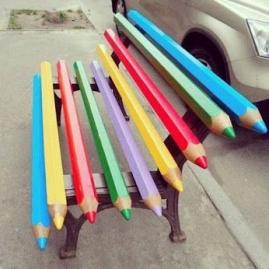 street art banc public l'enfant dans la ville gaillac libres enfants du tarn 81